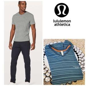 Lululemon 5 Year Basic V Updated Fit  Shirt Size M